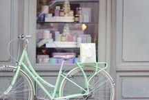 >> à bicyclette <<