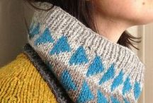 Knitting: Scarves, snoods, ponchos & accessories