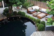 Hegn, terrasse og have
