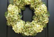 Couronnes / de fleurs , de Noëll , etc......