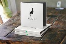 Alice in Wonderland - Silhouette Papercut Artbook / Alice in Wonderland - A book completely made from Silhouette Papercuts