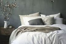 Bedrooms I love / by Mary Mastrelli Ginley