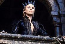 Alda . /  Bacheca In  Onore di Alda Calamari. Lei ** Bellissima ** .Morta per c.a. Breast   . in 1990 a 42 anni dopo sua eroica Lotta  di 6 anni.