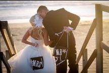 Beach Weddings / Gorgeous beach wedding ceremonies