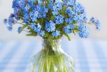 Amazing flowers for home / This difficult table - there are too many beautiful flowers and pictures.