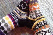 Modern stranded socks / Not traditional; abstract and geometric patterns, Marimekko -inspired patterns. Also pins for inspirations like Marimekko fabrics.