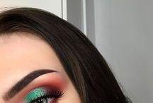 E y e makeup
