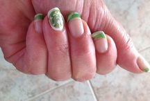 Nails I like / Nice and easy nails painting / by Monica Caruso