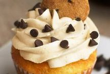 Cupcakes - Cakes - Desserts / Yummy Cupcakes, Cakes  & Desserts!