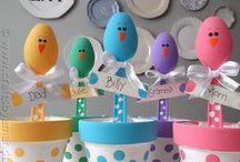 Easter Ideas / Święta Wielkanocne to duchowo ważny czas. Ale poświęcamy także wiele uwagi, aby ich oprawa poza duchowością była szczególna. Podajemy kilka pomysłów jak przygotować świąteczny obiad, jak zrobić ciekawe dekoracje.