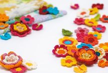 little blooms / Simple crocheted, knitted, stitched and folded flower projects