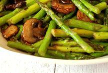 Verduras Riquisimas,Ensaladas,Legumbres!! / Para que las verduras sean agradables, siempre hay que darles un toque... Y ya veras que casi a todos les gustaran!  / by Maria C Cobo