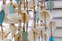 D I Y: ΚΟΥΡΤΙΝΕΣ-ΓΙΡΛΑΝΤΕΣ από ΚΟΧΥΛΙΑ / Sea shells curtains and garlands
