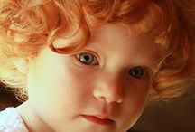 Crianças, papais, mamães. / A família é mesmo a base de tudo. Ai do mundo se não fossem as crianças!