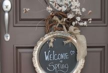 Door decorations & Wreaths