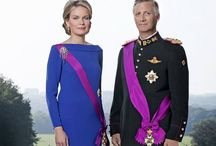Royal style / Royal dresses and style from all Countries and centuries
