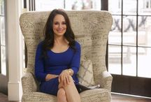 Style icon: Madeleine Stowe (Revenge) / Madeleine Marie Stowe (born: 18 August 1958 in Los Angeles, California). She played the role of Victoria Grayson from 2011 to 2015
