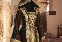Medieval dresses / Abiti medioevali