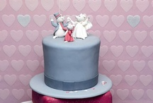 Unique Wedding Cakes / by Pam doherty