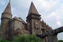 Magyar várak,Hungarian castles / A történelmi Magyarországon épült várak .