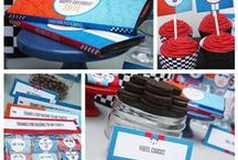 Race Cars Party Ideas / Race car birthday party ideas: Decoration, cakes, food, printables and more!