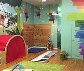 Indoor Spielplätze Brooklyn / Indoor Spielplätze und Spielbereiche, Gyms mit Open Play Hours u.ä.