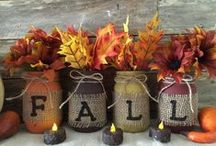 Seasonal Jar Idea's - Autumn - Halloween / It doesn't matter if you call it autumn or fall.  Great ideas for my favorite season.  Plus, Halloween ideas too!