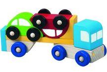 Hračky pro nejmenší / Projděte si soubor nápadů na hračky pro nejmenší. Naleznete zde nejen hračky pro děti do 1 roku, ale i starší.