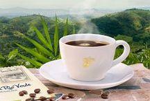 Kaffeemomente ♥ / We ♥ Coffee - Nichts duftet verführerischer als eine gute Tasse Kaffee. Lasst euch hier von unseren Kaffeemomenten inspirieren und verführen.  Mehr dazu: http://tchi.bo/Kaffee.