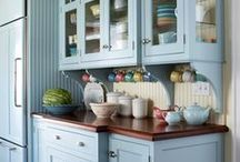 Dream kichen / Inspiration for my dream kitchen - country style mixing old and new and some lovely colour splashes.   A few storage ideas and a few before and after pictures has also sneaked in.