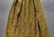 Textiles xviiie,xixe / Costumes et textiles anciens,bijoux et accessoires  du xviiie et xixe / by Violette