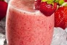 Show me the SMOOTHIE / It's no secret that smoothies are the perfect solution for convenient, delicious nutrition.  Add kefir to any of these recipes for a super probiotic boost!