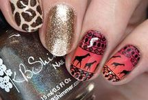 Nail Art: Animal Print / nail art featuring zebra, leopard, giraffe, feathers, and other animal print