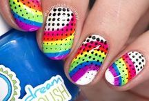 Nail Art: Dots / nail art featuring dotticures with all sorts of dots