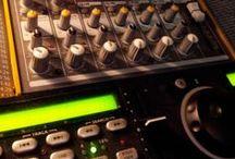 Wedding DJ Equipment / Photos showing some wedding DJ equipment