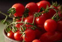Tomaten-Hits / Wir haben mal über den Tellerrand geschaut und uns von der Mittelmeer-Küche inspirieren lassen. Mit diesen aromatischen Tomaten-Gerichten können Sie die Saison voll auskosten