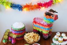 """Mexikanische Party / Einfacher kann man ein """"Cinco de Mayo""""-Fest ( 5. Mai, mexikanischer Feiertag) nicht feiern: Alles lässt sich super vorbereiten und alle sind happy. Das Essen wird am Vortag gemacht, Dips & Salate am Morgen und wenn man Tortillas nicht selber machen will, Mais-Chips aus dem Supermarkt. Jetzt fehlt nur noch die heiße Musik!"""