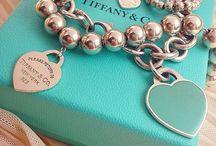 Ring & accessorize