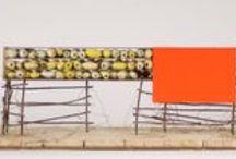 """CURRO ULZURRUN + ÚLTIMAS PIEZAS / En una evolución sin límite, Ulzurrun decide trabajar en común con unos creadores muy singulares. Uniendo a su capacidad constructiva a base de palitos, ramas, plumas y otros materiales menores, la increíble capacidad de estos interesantes colaboradores, sus empleados """"los gusanos de seda"""", que han trabajado sin descanso sólo a cambio de cama y alimento. https://vimeo.com/42994469"""