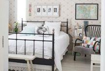 Makuuhuone / Suloisia ja levollisia makuuhuoneita Inelmien Talo&Koti -lehdestä. Sweet and peaceful bedrooms.