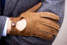 Men's Gloves / Menswear style inspiration || #menswear #mensfashion #mensstyle #style #sprezzatura #sprezza #mentrend #menwithstyle #gentlemen #bespoke #mnswr #sartorial #tagsforlikes #mens #gloves