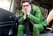Men in Green / Menswear style inspiration || #menswear #mensfashion #mensstyle #style #sprezzatura #sprezza #mentrend #menwithstyle #gentlemen #bespoke #mnswr #sartorial #mens #green