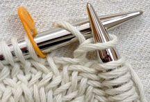Knitting / Labor de punto / Strickarbeit