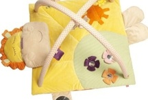 jeux pour enfants / jeux et jouets pour les enfants. Tous les accessoires puériculture et tout ce qui rend les enfants heureux