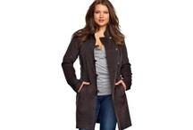 Mode grande taille / Mode grande taille pour les femmes au physique différent, mise en valeur des formes et des vêtements pour toutes les tailles.