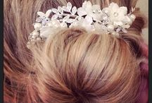Wedding Accessories at Lubellos Bridal / A selection of unique and carefully selected accessories for the bride, groom and bridal party