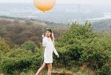 Hochzeitsdekoration mit Ballons / Ballons und Riesenballons sind eine wunderbare Möglichkeit um Hochzeiten einfach und wirkungsvoll zu dekorieren. Auch für Paarfotos und Hochzeitsfotos sind Luftballons eine wunderschöne Ergänzung da sie immer ein Eyecatcher sind. In den letzten Jahren sind Folienballons mit Buchstaben auch sehr beliebt und eine schöne Möglichkeit, eine Hochzeit zu personalisieren.
