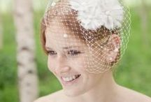 noni Fascinator 2013 / Moderne, elegante Fascinator und Headpieces passend zu den noni Brautkleidern.