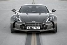 Aston Martin / Aston Martin luxury car