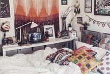 b e d r o o m // / room ideas that i can one day hopefully do and have and pillows